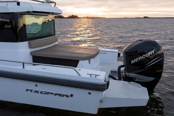 Axopar AC Single Black 300HP