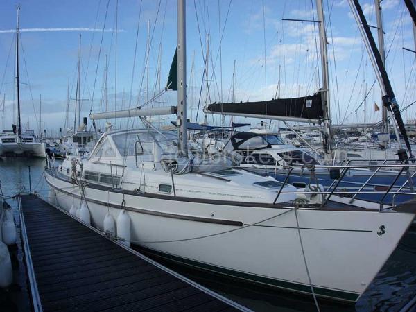 Beneteau Oceanis 40 CC AYC Yachtbrokers - Oceanis 40 CC