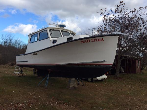 Eastern Downeast Cruiser 29' Eastern Downeast Cruiser For Sale