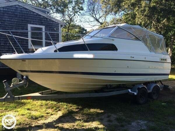 Bayliner 222 Classic 2006 Bayliner 222 Classic for sale in Oak Bluffs, MA