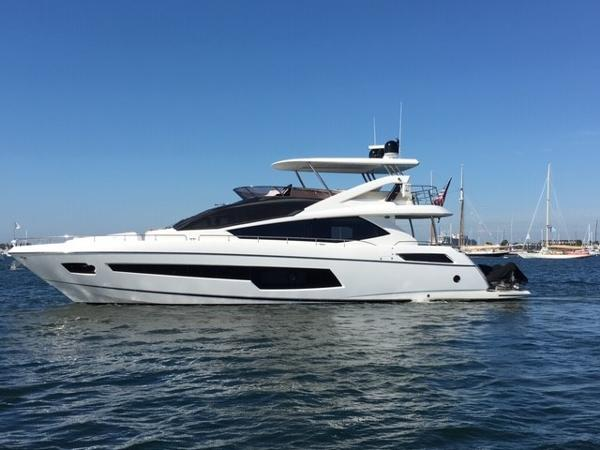 Sunseeker 75 FLYBRIDGE YACHT