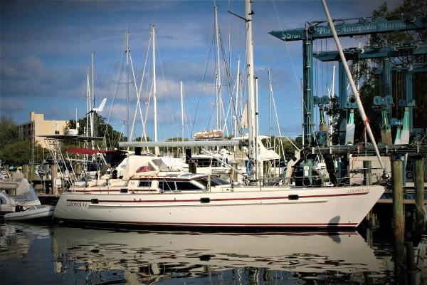 Regina 43 Dockside