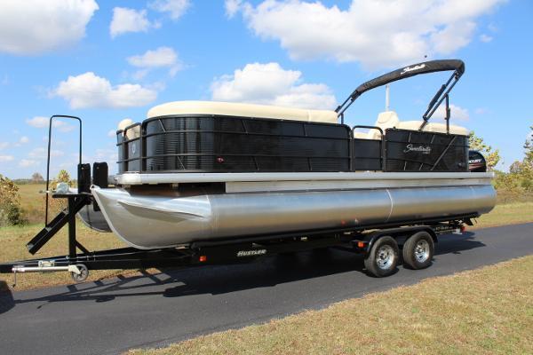 Sweetwater 2486 SB Tritoon  - 150hp