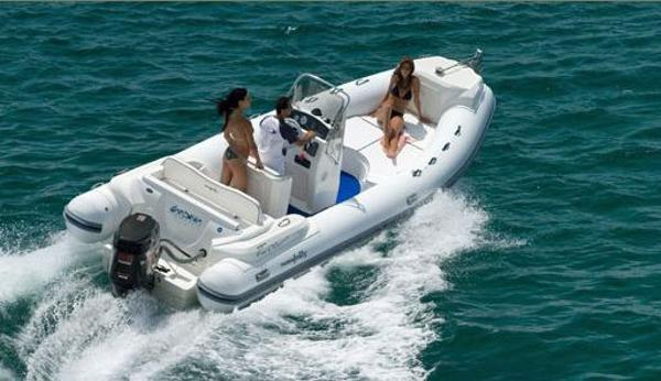 Nuova Jolly King 670 Extreme On the water
