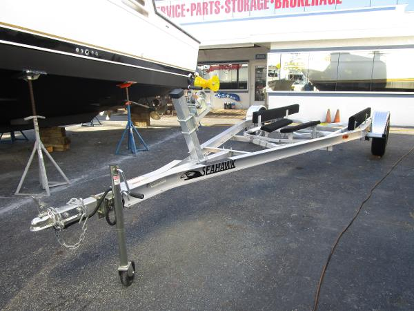 Sea Hawk 17-18 single axle