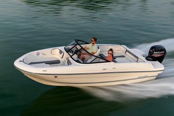 Bayliner VR4 Bowrider OB Manufacturer Provided Image