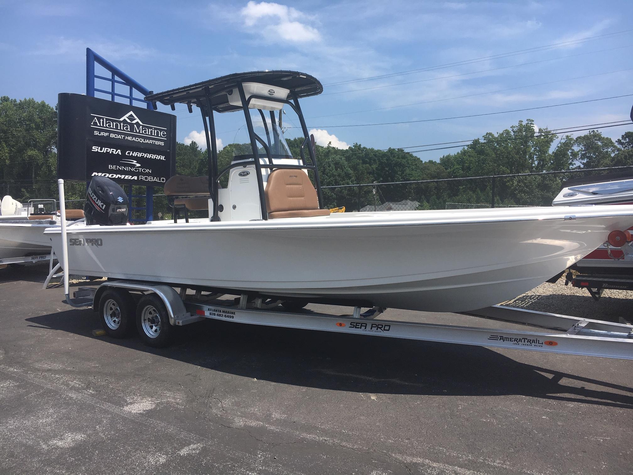 Sea Pro 248 DLX Bay Series