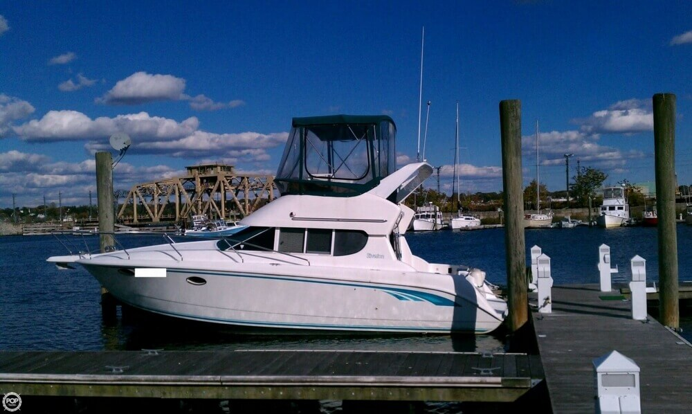 Silverton 312 Sedan Cruiser 1996 Silverton 312 Sedan Cruiser for sale in New London, CT