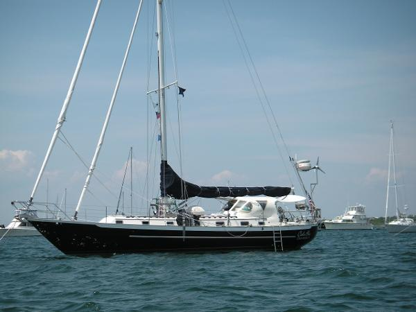 Pacific Seacraft 44
