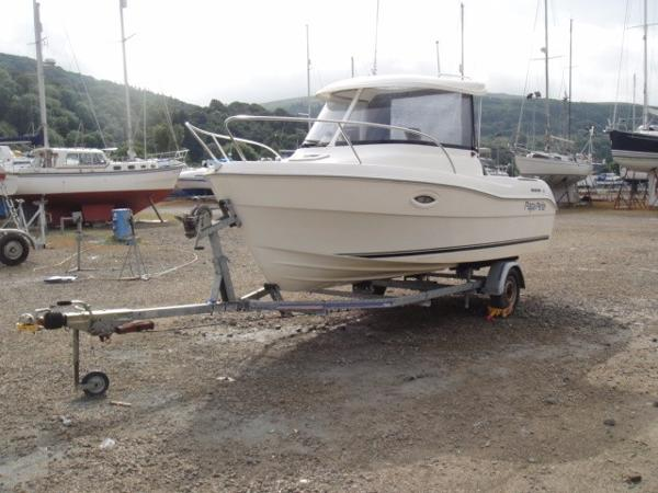 Quicksilver 530 Pilothouse Quicksilver 530 Pilothouse