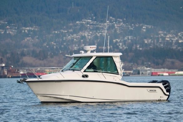 Boston Whaler 285 Conquest Pilothouse