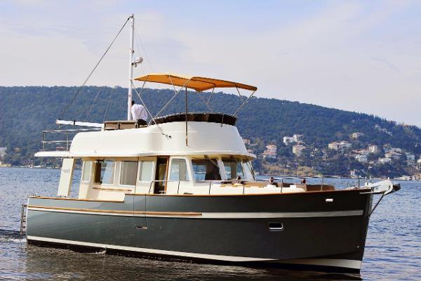 Rhea Marine 36 Trawler