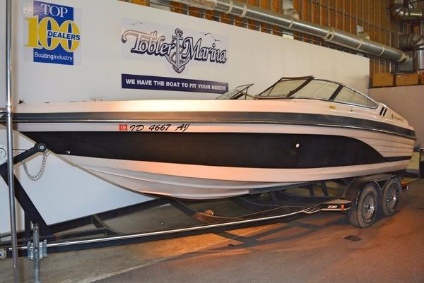1995 celebrity boat 23 for sale