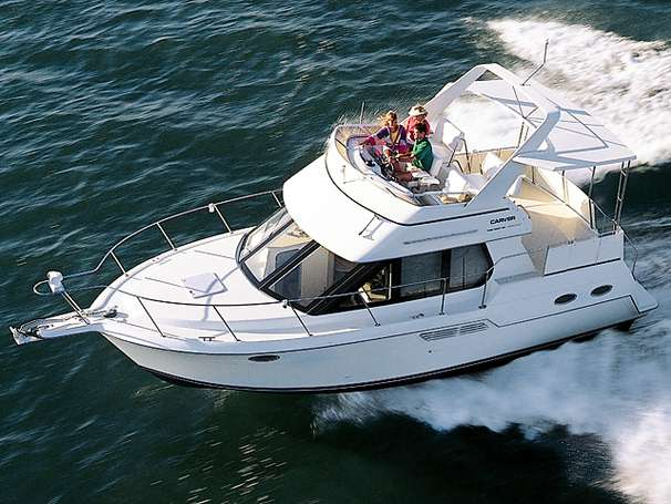 Carver 326 aft cabin motor yacht cruiser power boats for for 2000 dollar cabin