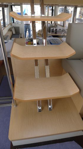 Pilothouse Stairs to Flybridge