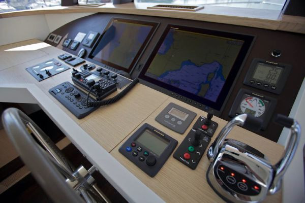 Pilothouse Helm Controls