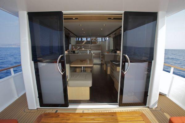 Aft Deck Sliding Doors