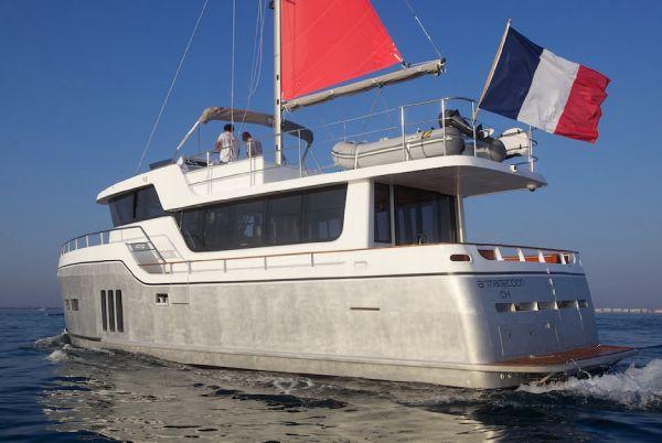 Port Aft Quarter w/Sail