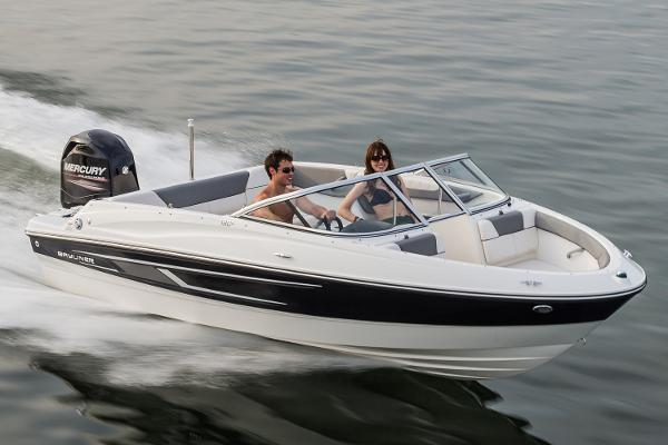 Bayliner 180 Bowrider Manufacturer Provided Image