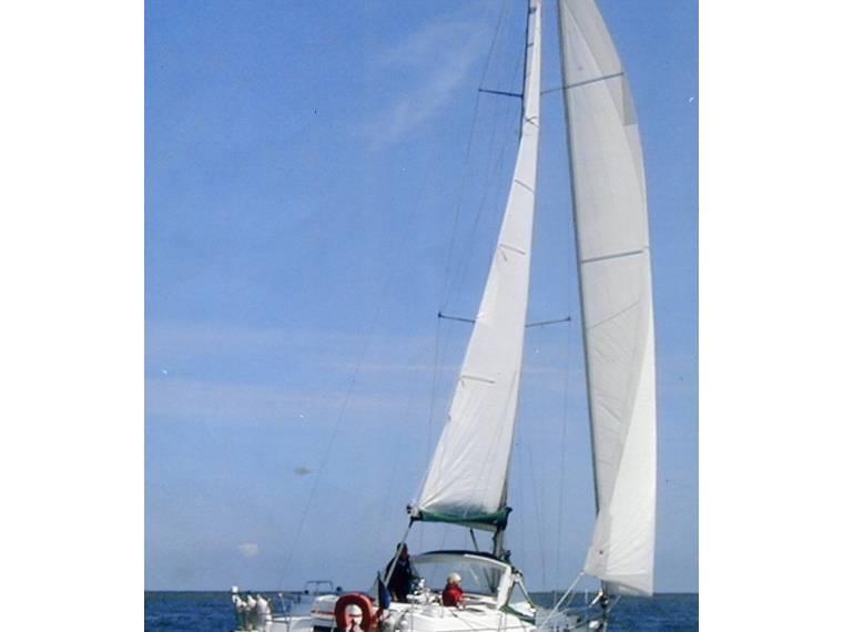 Beneteau BENETEAU OCEANIS 36 CC FJ42713