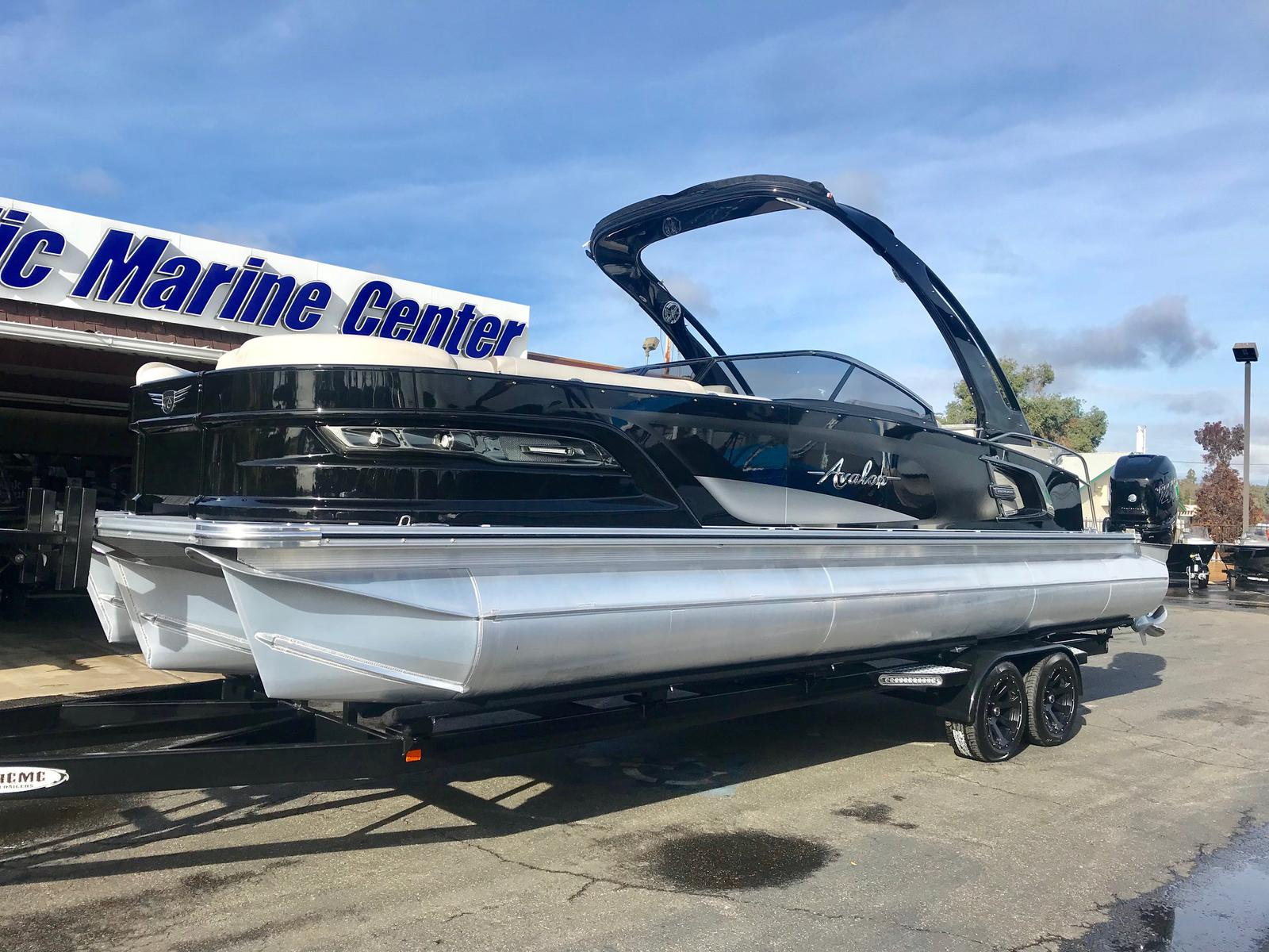 Avalon Excalibur Elite Windshield 27' Twin 400 Hp engines
