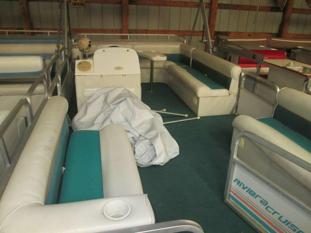 Riviera Cruiser 24