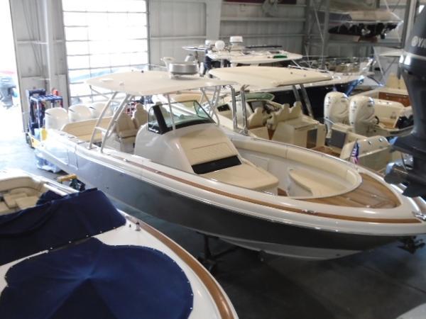 Chris-Craft Catalina 34