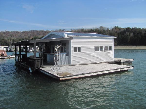 Custom 20 x 24 Floating Cottage