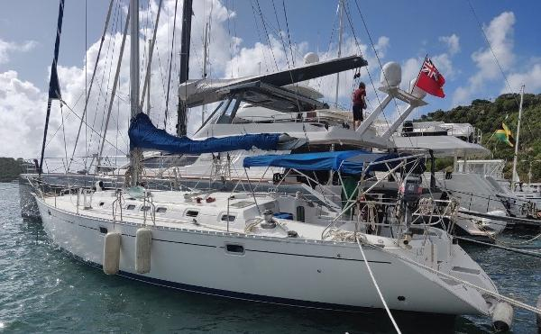 Beneteau Oceanis 510 Moored up