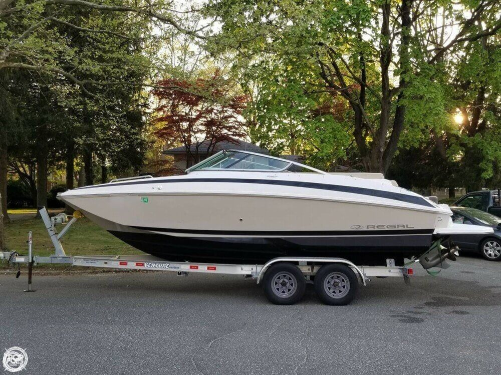 Regal 24 Fasdeck 2013 Regal 24 Fasdeck for sale in East Northport, NY