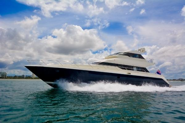 Warren Yachts 85 Flybridge
