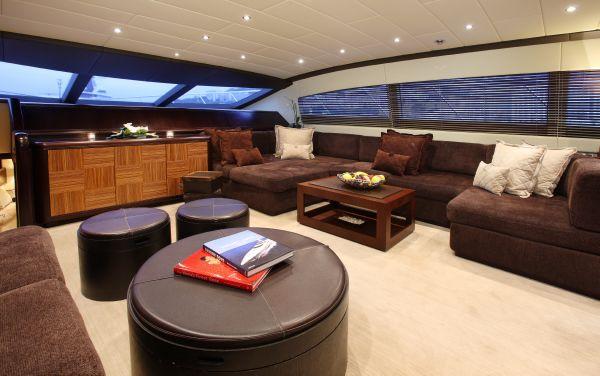 Mangusta 105 - main deck 2