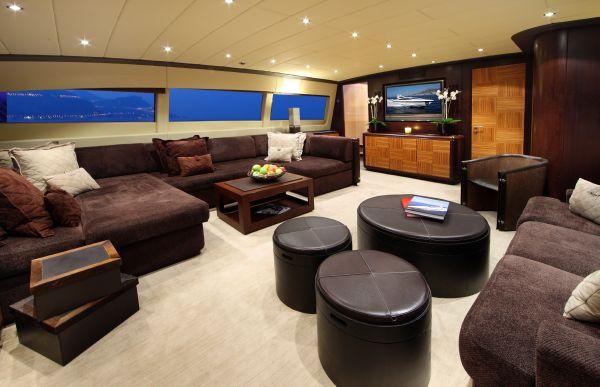 Mangusta 105 - main deck 5