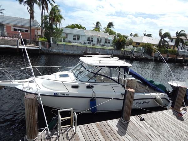Boston Whaler 305 Conquest 305 Boston Whaler