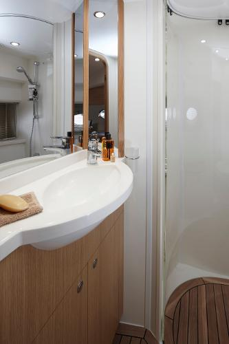 Princess V45 Forward Cabin Bathroom