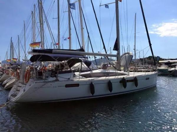 Jeanneau 53 Cruising sailing yacht Jeanneau 53 2010