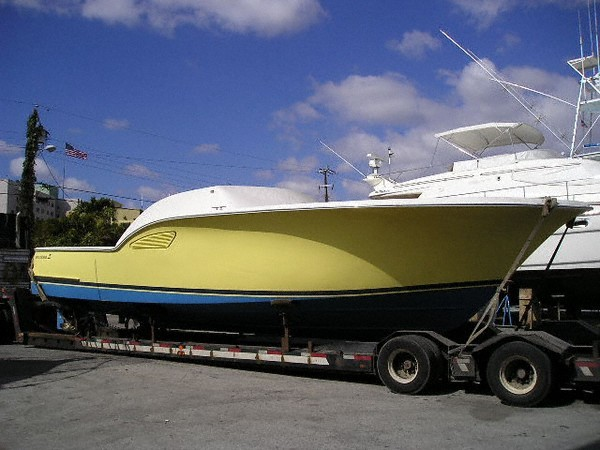Colored hulls available
