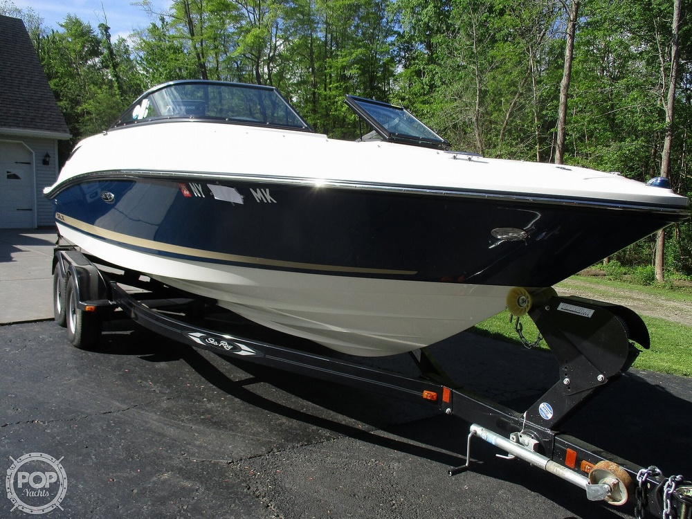 Sea Ray 230 SLX 2014 Sea Ray 230 SLX for sale in Derby, NY