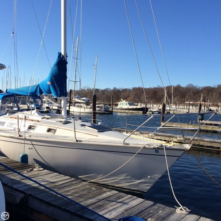 Hunter 34 1983 Hunter 34 for sale in Glen Cove, NY