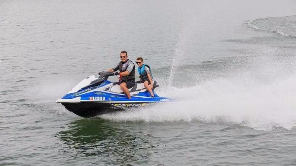 Yamaha VX Cruiser HO Blue