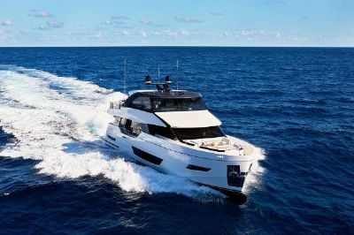 Ocean Alexander 26R Motoryacht Enclosed