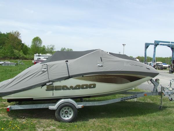 Sea-Doo Sport Boats Challenger 180 (215 hp)