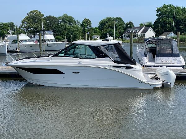 Sea Ray Sundancer 320 Coupe OB