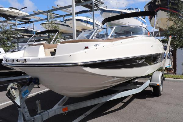Bayliner 190 Deck Boat Actual Boat