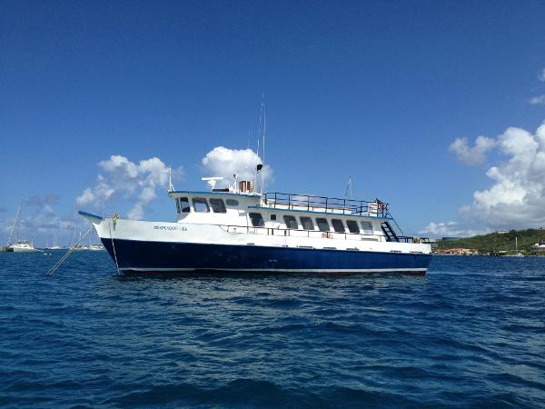 Gulf Craft Passenger Vessel