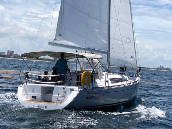 Beneteau Oceanus Platinum Edition Profile