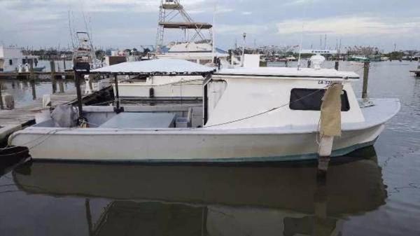Custom 44x18 Custom Sintes Dive Boat
