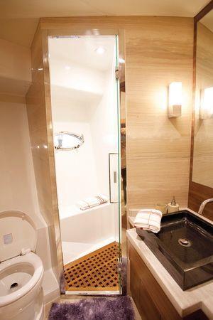 Hansheng Yachts Gallop 62.8 Shower