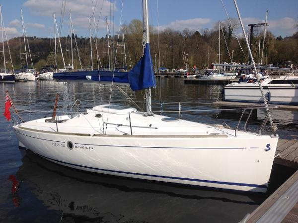 Beneteau First 211 Beneteau First 211 - Snoopy