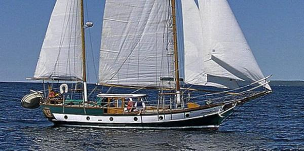 American Marine 40  MAYFLOWER KETCH